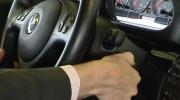 AFM-bestuur declareert fors minder chauffeursdiensten