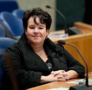 Dijksma trekt € 9 mln uit voor brede weersverzekering