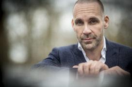Futurist Richard van Hooijdonk mist innovatie: 'CEO's van verzekeraars moeten zich schamen'