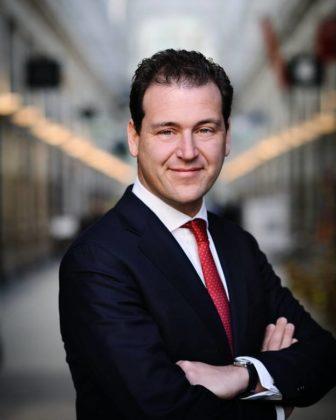 Asscher: 'Klein risico dat iedereen uit publieke verzekering WGA stapt'