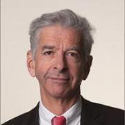Plasterk: 'Leeftijd relevant voor verzekeraar'