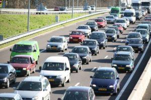 Combined ratio autoverzekeraars kachelt verder achteruit