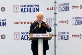 Clinton kreeg 4,4 ton voor speech Achlum