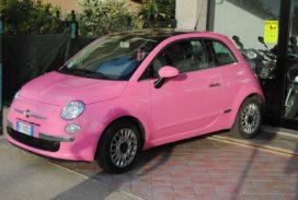InShared: 'Geen relatie tussen kleur auto en schaderisico'