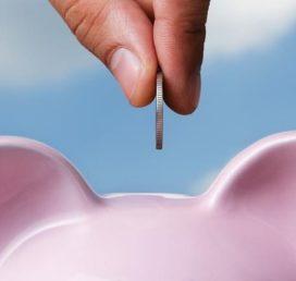 'Nederlanders sparen meer dan nodig voor hun pensioen'