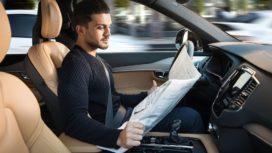 Volvo: 'Schadeherstel en verzekeren van autonoom rijdende auto's gaan we echt zelf doen'