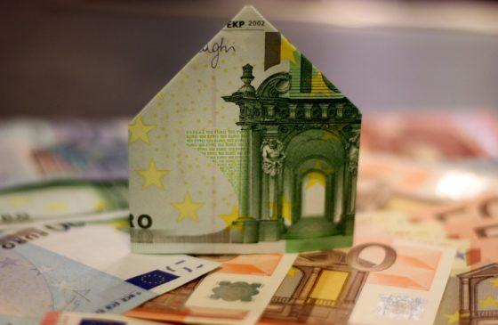 Starter steekt gemiddeld € 27.821 eigen geld in eerste huis.