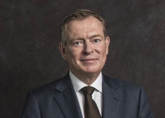 Minister ziet geen problemen in fusie zorgverzekeraars