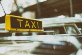 Diks: 'Veel taxi's rijden onverzekerd rond'