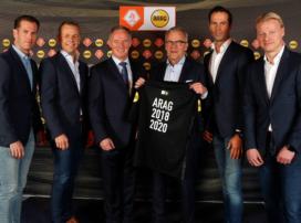 Björn Kuipers en collega-scheidsrechters dragen tot 2020 Arag op tenue