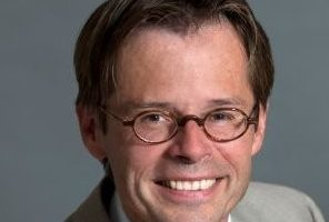 Van de Kieft: 'Pensioendebat wordt beïnvloed door partijen met financieel belang'