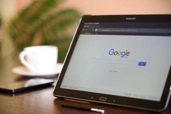'Drie op de tien klanten bereid polis af te sluiten bij Google of Amazon'