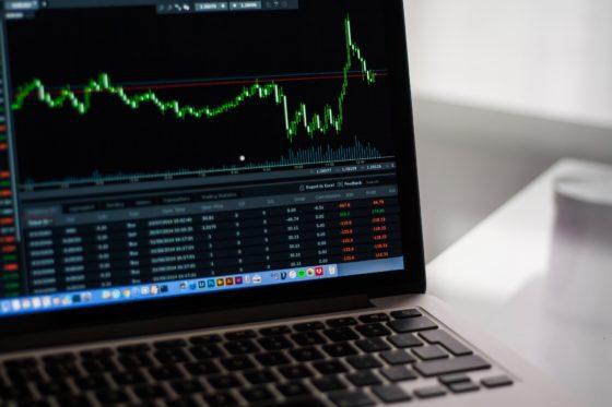 Klant met financieel adviseur heeft hogere verwachtingen van doelkapitaal