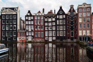 Amsterdam klopt bij VN aan om oververhitte woningmarkt