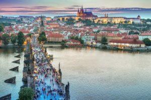 Aegon verkoopt Midden-Europese activiteiten aan NN
