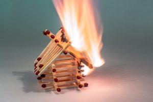 Aegon moet schade ook van derde brand bij Twents echtpaar vergoeden