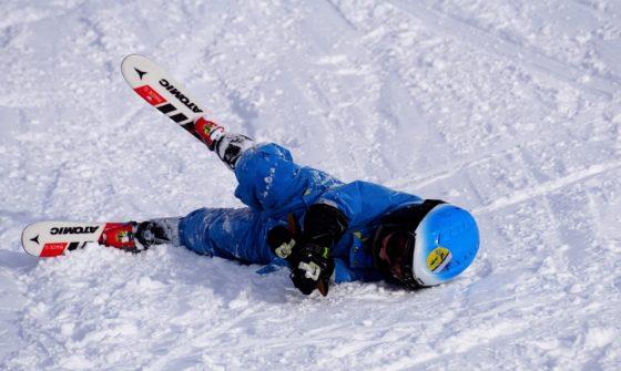 Skiër met claim van een ton bij reisverzekeraar aan het verkeerde adres