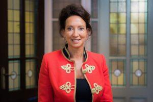 Astrid van Helvoort nieuwe directeur business development Aon