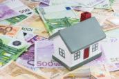 'Ruim helft inkomen gaat op aan vaste lasten'