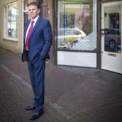 40 jaar am: (3) – Nico van Peer: 'Liever een afwijzing op kantoor dan dat iemand later omvalt'