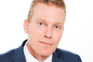 ANWB plukt Theo Brink weg bij Nationale-Nederlanden
