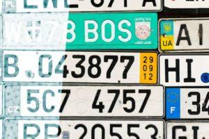 Kunnen Nederlandse verzekeraars bij auto-import geen buitenlandse kentekens verzekeren?
