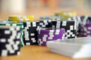 Beroepsverbod voor gokverslaafde bankier met 68 creditcards