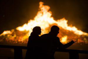 Verzekeraars en brandweer: Kamer moet met breder vizier kijken naar brandrisico's